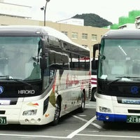Photo taken at 広島駅新幹線口 バスのりば by 麻凜 on 9/17/2016