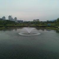 Photo taken at Hanbat Arboretum by Sung-in C. on 8/26/2013