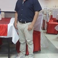Photo taken at Katipoğlu Düğün Salonu by Ali Rıza B. on 7/21/2017