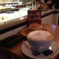Das Foto wurde bei Caffé Bar von Sven H. am 12/18/2012 aufgenommen