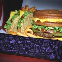 Photo taken at Jack in the Box by Fatih Y. on 3/10/2015