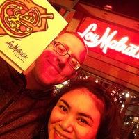 Foto tomada en Lou Malnati's Pizzeria por Sharona A. el 2/14/2017