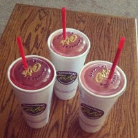 Photo taken at Tropical Smoothie Cafe by Danielle M. on 4/12/2013