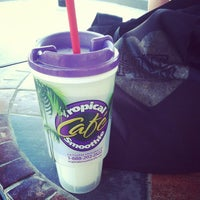 Photo taken at Tropical Smoothie Cafe by Danielle M. on 4/23/2013