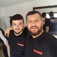 Photo taken at Yılmaz Kuaför Ve Gelinlik Salonu by Murat K. on 3/30/2016