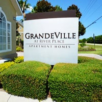 Photo taken at Grandeville at River Place Apartments by Grandeville at River Place Apartments on 1/14/2016