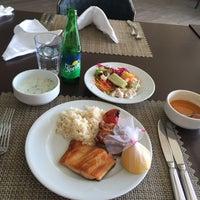 3/28/2017 tarihinde Mohanna S.ziyaretçi tarafından Rixos Premium Turquoise Restaurant'de çekilen fotoğraf