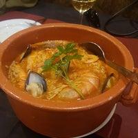 Foto diambil di Oporto restaurante oleh JinHwan P. pada 4/18/2018