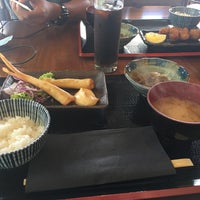 Photo taken at Tanto Japanese Dining by Maria Gloria L. on 4/6/2017