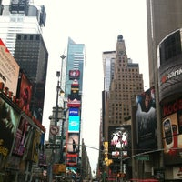 Das Foto wurde bei W New York - Times Square von Den G. am 6/16/2013 aufgenommen