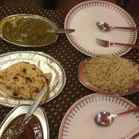 Das Foto wurde bei Khanna Market von Douglas v. am 2/6/2013 aufgenommen