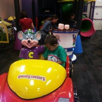 Photo taken at Chuck E. Cheese's by Cissy P. on 10/27/2013