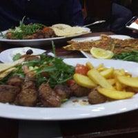 Das Foto wurde bei LoKanta Pizza Grill von Fatma C. am 3/19/2016 aufgenommen