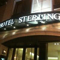 Foto tomada en Hotel Sterling por Jumong ᆞ. el 2/18/2013