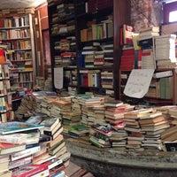 Photo taken at Libreria Acqua Alta by Elisabetta B. on 10/5/2014