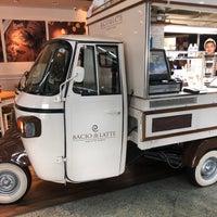 Foto tirada no(a) Bacio di Latte por Marina A. em 2/1/2018