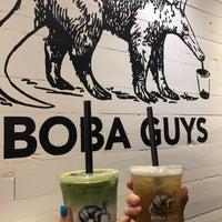 Foto tirada no(a) Boba Guys por Louisa L. em 5/13/2018