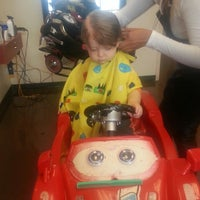 Photo taken at Ms. Lisa's Cuts For Kids by Brian K. on 11/23/2013