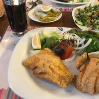 Foto tomada en Ağaçlı Restaurant por Özge C. el 8/31/2018