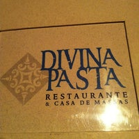 Photo taken at Divina Pasta by Renata F. on 4/3/2013
