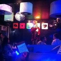 Foto tomada en Papi Fun Bar por Miguel K. el 12/3/2012