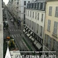 Das Foto wurde bei Hôtel des Deux Continents von Eda G. am 9/12/2016 aufgenommen