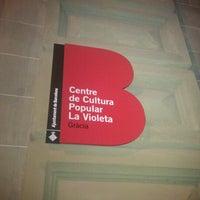 11/6/2012 tarihinde Carlos O.ziyaretçi tarafından Centre Cultural la Violeta'de çekilen fotoğraf