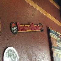 Photo taken at Pizza Hut by Chika K. on 3/10/2015