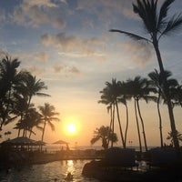 Photo taken at The Fairmont Orchid by Yvette U. on 4/2/2015
