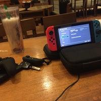 6/11/2017 tarihinde Carpe D.ziyaretçi tarafından Starbucks'de çekilen fotoğraf