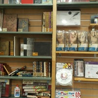 Photo taken at University of Regina Bookstore by Gisselle Lou A. on 1/29/2016
