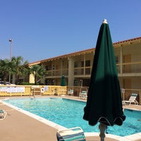 Photo taken at La Quinta Inn Augusta by Elvyra M. on 5/31/2014