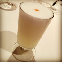 Photo taken at Restaurante Virú by Mario G. on 11/28/2012