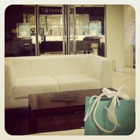 Photo taken at Tiffany & Co by Tatiane G. on 12/27/2012