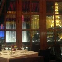 Foto scattata a Le Cirque da Justine W. il 10/11/2012