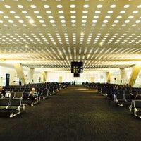 Foto diambil di Aeropuerto Internacional de la Ciudad de México (MEX) oleh Jorge pada 11/11/2013