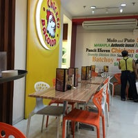 Photo taken at Chicken Bacolod SM Sta. Mesa by Tricia D. on 3/5/2016
