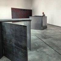 5/11/2013にStacie V.がDavid Zwirner Galleryで撮った写真