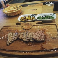 Foto tomada en Beş Bıçak Steakhouse - Kasap  por BB Steak House Yönetim el 2/8/2016