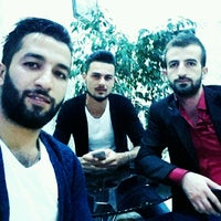 Photo taken at Ahi Dondurma ve Çiğköfte by Ramazan Y. on 10/6/2016