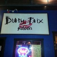 Foto tirada no(a) Dirty Trix Saloon por Ale T. em 1/1/2013