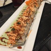 Foto tomada en Sushi Factory por Yunuen A. el 4/30/2018