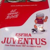 Foto tirada no(a) Esfiha Juventus por Oc L. em 2/14/2013