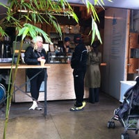 Photo taken at Blue Bottle Coffee by Thomas S. on 12/17/2012