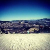 Photo taken at North Peak Lodge by Medezboz on 2/10/2013