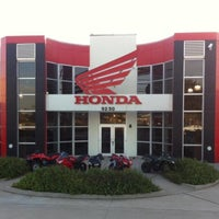 Photo taken at Al Lamb's Dallas Honda by Colby M. on 3/25/2014