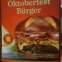 Photo taken at Red Robin Gourmet Burgers by Scott H. on 9/23/2012