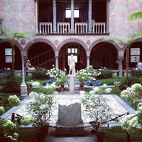 Photo taken at Isabella Stewart Gardner Museum by Stephanie R. on 6/27/2013