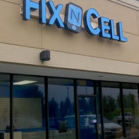 Photo taken at FixNcell Phone Repair by FixNcell Phone Repair on 1/29/2016