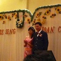 Photo taken at Min Kok Restaurant by Melinda L. on 10/13/2012